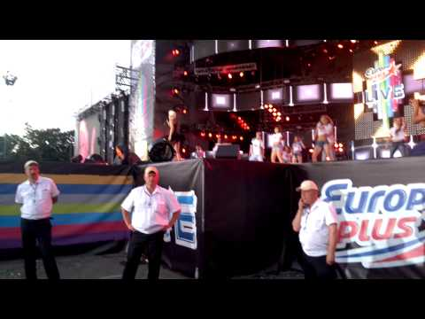 Amelia Lily - You bring me joy (Europa plus live 2013)
