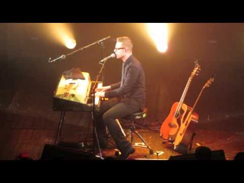 Bernhoft - Prayer to a Landlord Live @ Trianon Paris