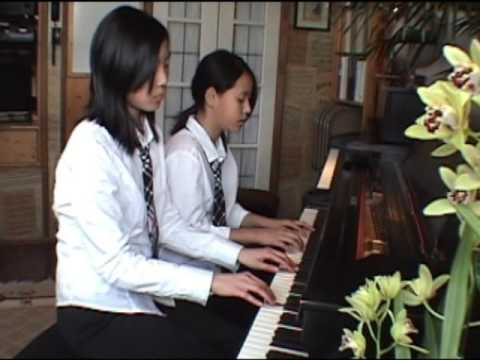Anitra's Dance by Grieg for piano duet