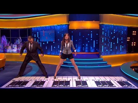 Tom Hanks and Sandra Bullock The Jonathan Ross Show - Play Chopsticks