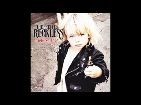 The Pretty Reckless - Everybody Wants Something From Me w/lyrics