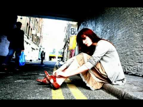 Florence + The Machine - Hurricane Drunk (Acoustic Version)