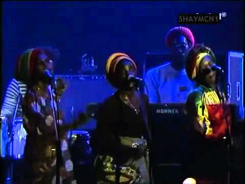Bob Marley & The Wailers -  No Woman No Cry (Live)